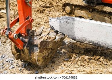 Concrete Pile Cut off