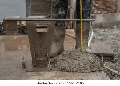 Concrete slump test,concrete density test in construction site
