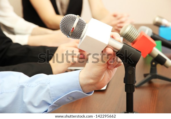 Conference meeting microphones
