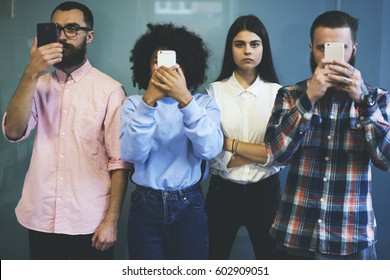 Confident attractive hipster girl choose real life communication with friends not with technologies prefer spending free time sharing opinions emotion and ideas to posting text in social networks