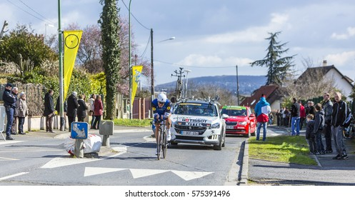 CONFLANS-SAINTE-HONORINE,FRANCE- MARCH 6:  The German cyclist Marcel Kittel of Etixx-Quick Step Team riding during the prologue stage of Paris-Nice in Conflans-Sainte-Honorine,on March 6 2016