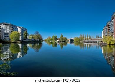 "Confluence of river Spree and ""Landwehrkanal"" (""Landwehr Canal"") at the ""Iburger Ufer"" in Berlin-Charlottenburg"
