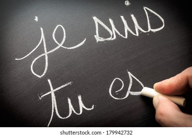 Conjugating verbs in French