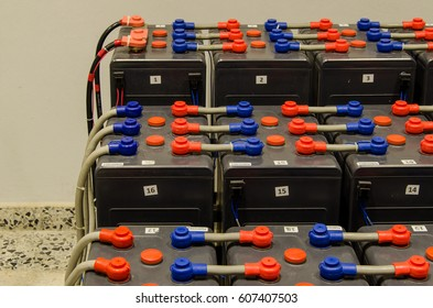 Connect between  bank of battery is used for backup office 24 hours charge from solar system