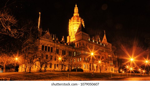Connecticut State Capitol Building in Hartford, CT at night