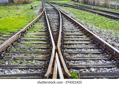 Connecting and separating the two railway lines.