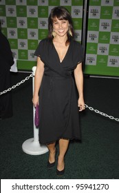 CONSTANCE ZIMMER at the 16th Annual Environmental Media Awards at the Ebell Club, Los Angeles. November 8, 2006  Los Angeles, CA Picture: Paul Smith / Featureflash