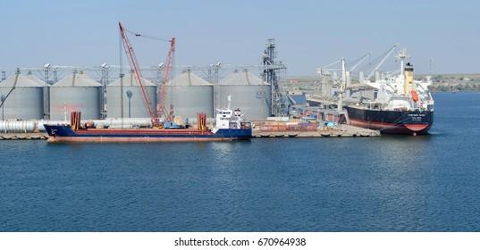 Constanta, Rumania - August 06: Bulk carrier terminal in the port of Constanta on August 06, 2016  in Constanta, Rumania.