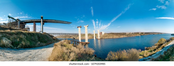 Construction of a bridge in Zaporozhye