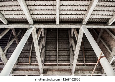 Construction detail of temple roof design