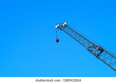 construction lifting heavy equipment hoist industrial crane
