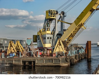 Construction machinery, embankment construction