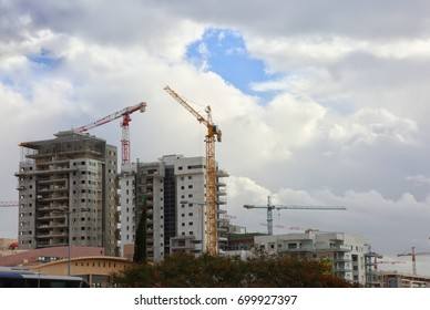 Construction of a new residential quarter and office buildings