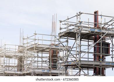 Construction of reinforced concrete piles for large buildings.