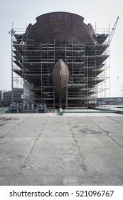 Construction of the ship on land