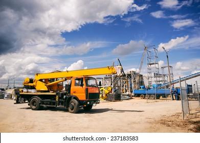 Baustelle, Baumaschinen, Bulldozer, Ausgrabungen, Fabrik