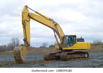 construction site yellow excavator hydrolic digging equipment