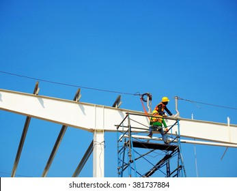 Construction worker on the Working at height