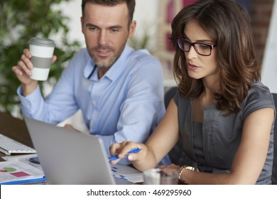 Consultation of two professional office workers