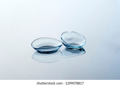 contact lenses image