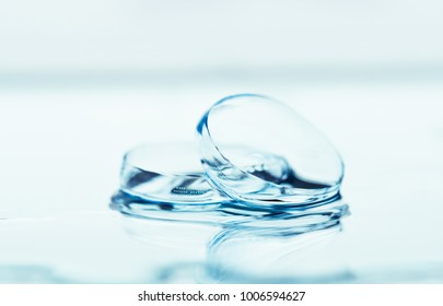 Contact lenses with water drops