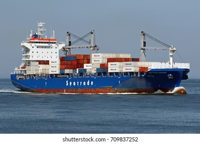 The container ship Seatrade Orange will enter the port of Rotterdam on 26 May 2017.