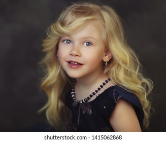 contepurary style little girl portrait panterly look couture kid