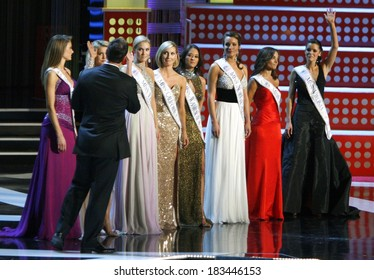 contestants inside for 2008 Miss America Live! Beauty Pageant, Planet Hollywood Resort and Casino, Las Vegas, NV, January 26, 2008