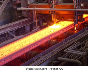 Continuous casting machine with blow torch working