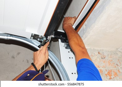 Contractor repair Garage Door Springs. Garage door replacement, garage door repair. Repair Garage Door Opener.
