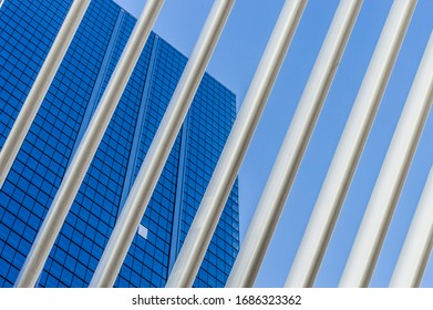 contrast of architectural volumes full