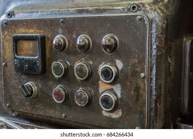 Control panel of old milling machine