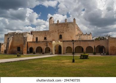 Convent de San Bernardino de Siena, Valladolid, Mexico