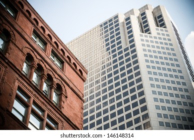 Convergence of old and new buildings in downtown St. Louis, Missouri, USA