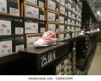competitive price 05abd c89fb Converse All Star Fashion Shoes for Sale in a Shop in  Serravalle,Italy-September