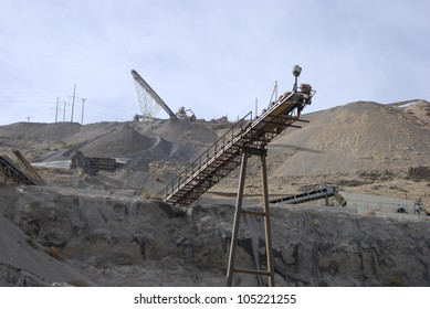 Conveyor belt for crushed stone at a roadstone quarry, Nevada, USA