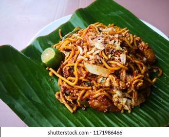 cook or menu special mee goreng mamak