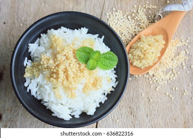 cooked rice and quinua