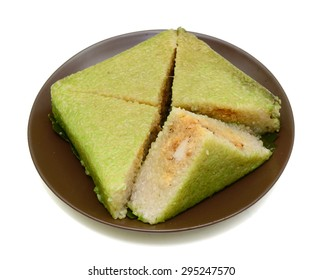 Cooked square glutinous rice cake