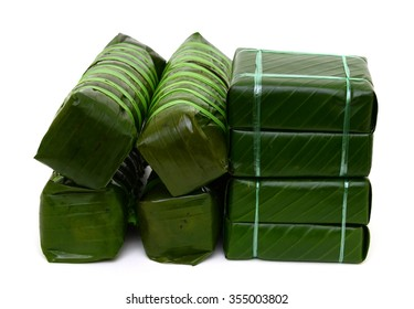 Cooked square glutinous rice cake and Cooked cylindric glutinous rice cake