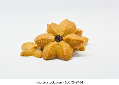 The cookie coffee flavor top with a rasin like flower