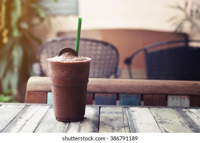 cookies and cream chocolate frappe