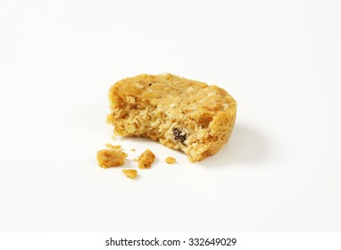 Cookies with crumbs