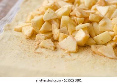 cooking apple strudel