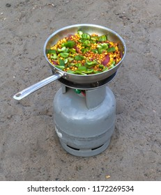 Cooking in the desert - Frying pan with meal