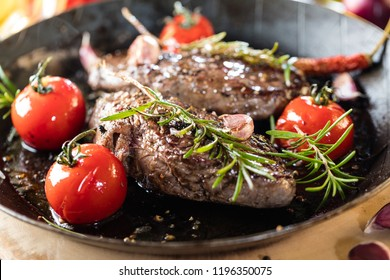 Cooking a fillet steak food photography recipe idea