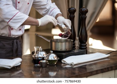 cooking foie gras in sauce