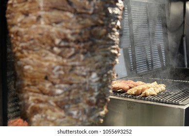 Cooking meat on barbecue