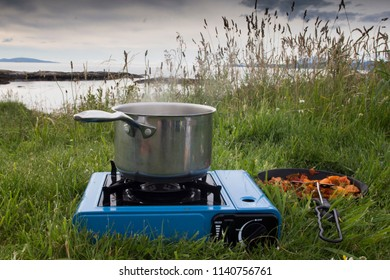 Cooking on a camping cooker