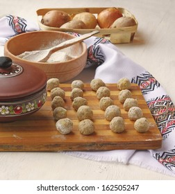 """Cooking ukrainian traditional national food of """"dumpling""""   from the boiled potato and flour"""